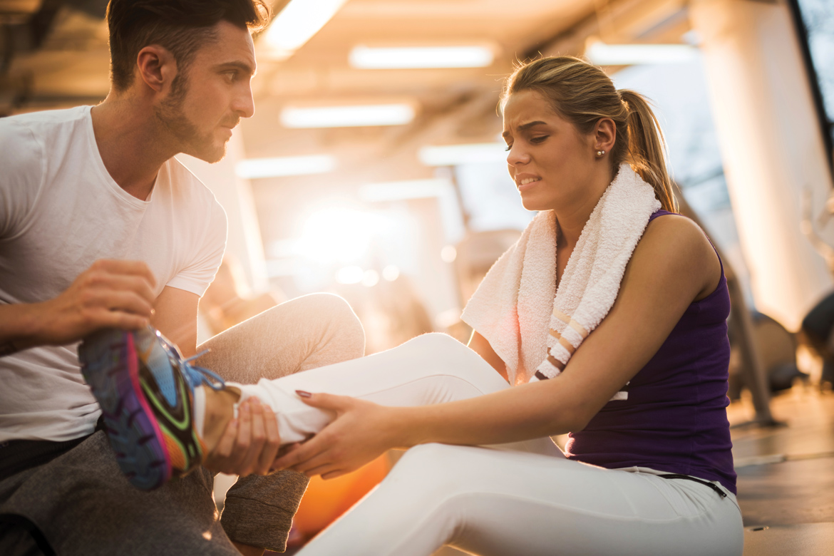 how to train yourself at the gym